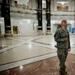 Luxus palotában laknak a bagdadi amerikai tábornokok