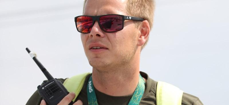 Belehalt sérüléseibe a német kajak-kenu edző