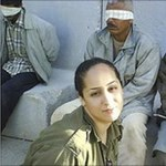 Facebook-botrány: izraeli katonanő mosolyog palesztin foglyok mellett