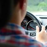 Mennyit kell vezetnetek a jogosítványért? Itt vannak a szabályok