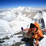 A Mount Everestre mászik Nepál 82 éves volt külügyminisztere
