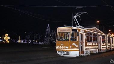 A miskolci mézeskalács villamosnál nem volt szebb adventi villamos egész Európában