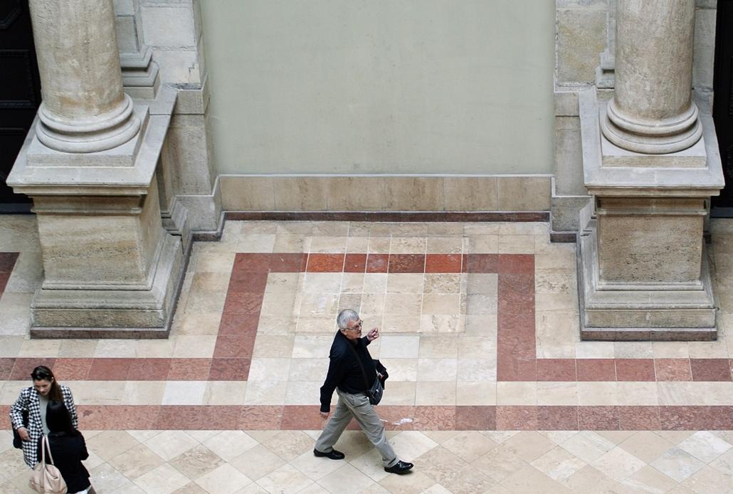 afp.14.09.16. - Corvinus Egyetem, Marx-szobor - 7képei