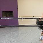 Videó: Elveszítette a lábát a rák miatt, ma profi balerina
