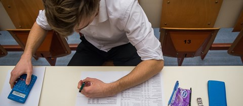 Középiskolai felvételi: péntekig lehet jelentkezni a központi írásbeli vizsgára