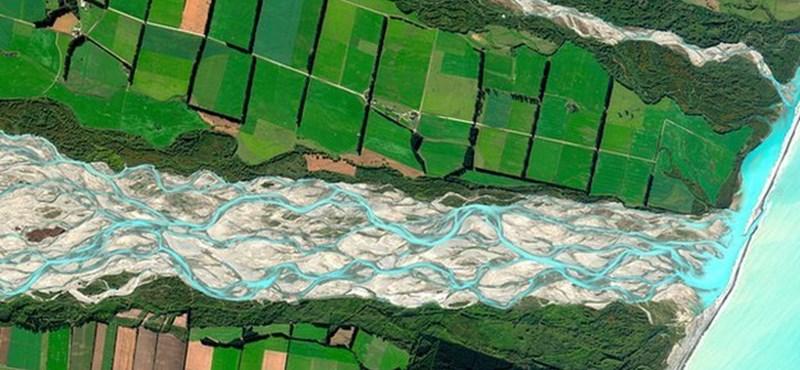 A nap képe: 2011 legszebb műholdas felvétele