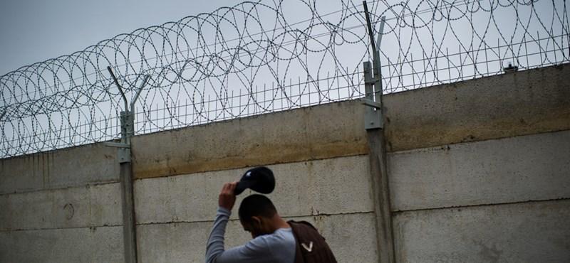 Napi Gazdaság: Orbánék lezárnák a déli határt a bevándorlók előtt