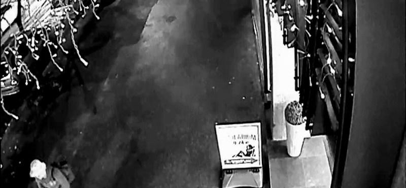 Állítja a hajléktalan, hogy az ő táskájával robbantottak a körúton