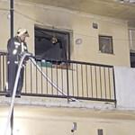 Fotók: Egy ember meghalt az éjszakai lakástűzben Budán