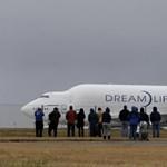 Túl kicsi reptéren landolt egy Boeing - fotók
