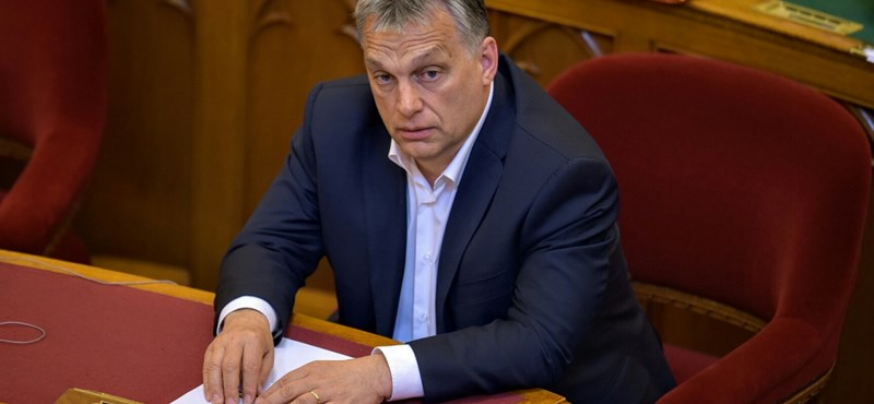 Vona kérdés mögé rejtette durva vádjait, Orbán visszaütött