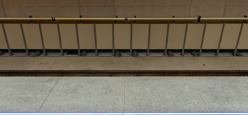 A vakokról elfeledkeztek, amikor bevezették a gombnyomásra nyíló metróajtót
