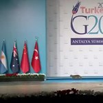 Kijátszotta néhány macska a G20 biztonsági rendszerét – videó