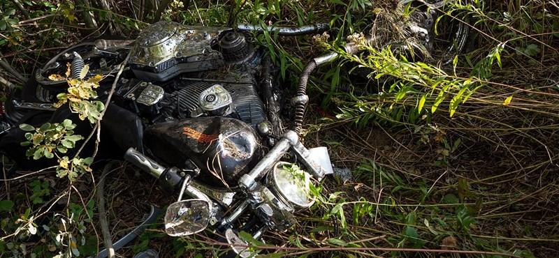 Fotók jöttek a dusnoki motoros tragédiáról