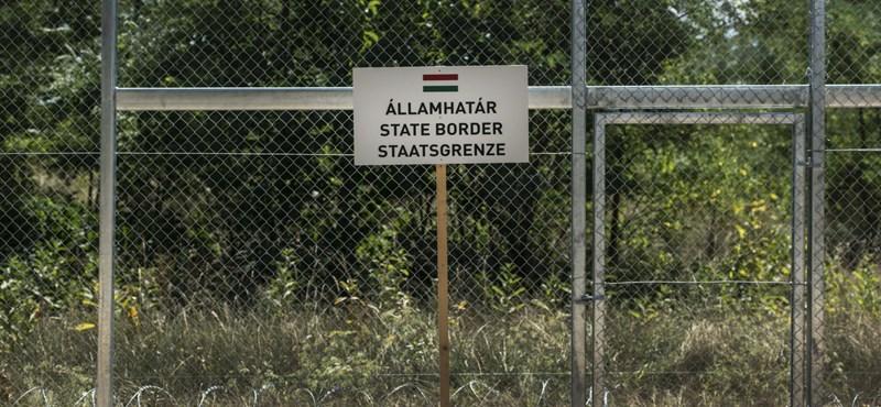 Felfüggesztett börtönt kaptak a határkerítést átvágó koszovóiak