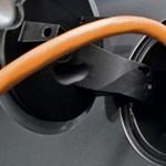 Elektromos letámadás: a vártnál gyorsabban terjednek a villanyautók