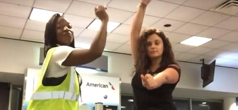 Egész éjszakára a reptéren ragadt, forgatott egy videóklipet
