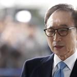 15 év börtönt kapott korrupció miatt a volt dél-koreai elnök