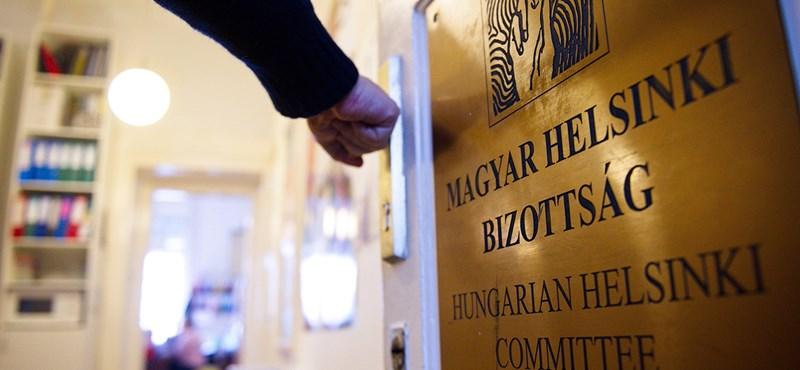 Megint hazudott a Fidesz, a Helsinki Bizottság pedig megint pert nyert ellene