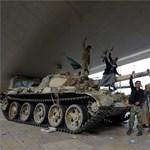 Halpiacot bombáztak Jemenben, 52 halott