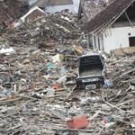 Elképesztő pusztítást végzett az indonéz cunami - helyszíni fotók