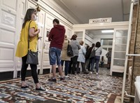 Nem a Fidesz nyakába varrják a járvány miatti válságot a magyarok