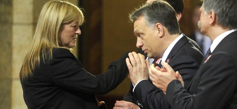 A New York Timesban védi Schmidt Mária a populizmust és Orbán illiberális rendszerét
