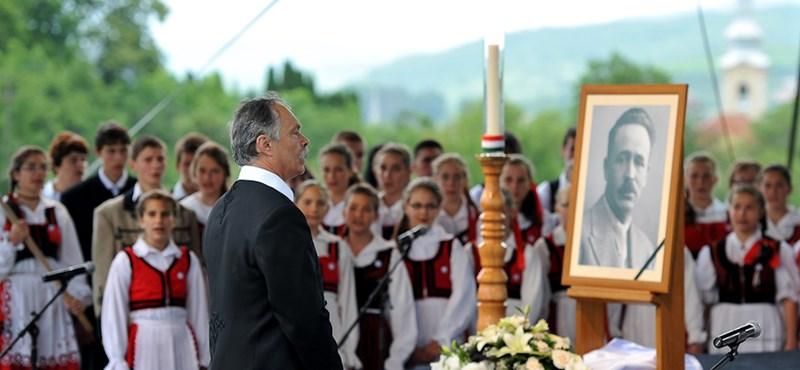 Nyirő-ügy: visszaadja magyar állami kitüntetését Elie Wiesel