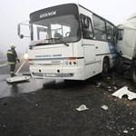 16 sérült: karambolozott egy menetrend szerinti busz