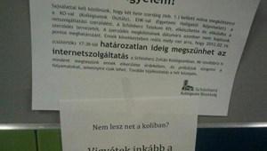 A nap képe: hadat üzennek a schönherzesek a netnélküliségnek