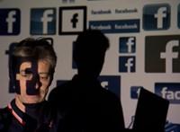 Mészárlás Új-Zélandon: kiterítette kártyáit a Facebook, az új-zélandi miniszterelnök keményen beszólt nekik