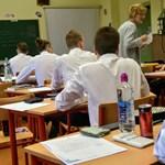 Kikerült javaslat: csökkenteni akarja a kormány a gimnazisták számát