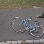 A nap fotói: földön fekvő biciklisek a Google magyar térképén