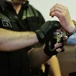 Döntött az Alkotmánybíróság: a legsúlyosabb bűncselekmények vádlottait se lehet a végtelenségig előzetesben tartani