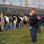 Magyarország átjáróház lett - a menekültválság percről percre