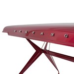 Autók alkatrészeiből készít bútort egy osztrák cég, és zseniálisan csinálják