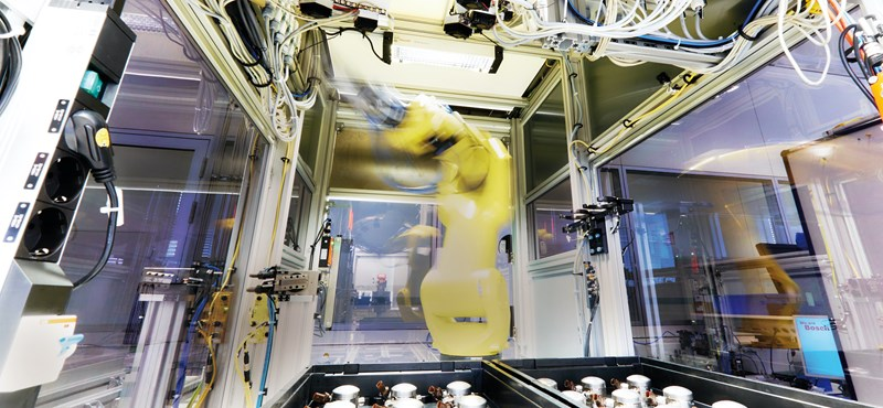 Nagyon úgy néz ki, hogy elhúz melletünk a régió a robotizációban