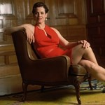 Hillary Clinton életére hasonlító sorozatban játszik Sigourney Weaver