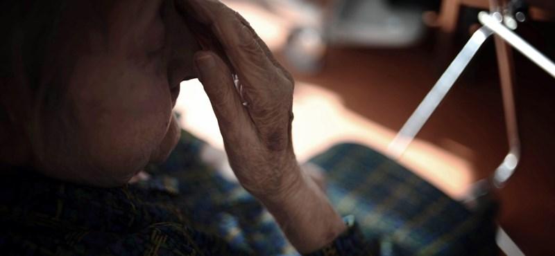 Nyugdíj: jelentős anyagi veszteséget hozhat a nőknek a Nők40 program