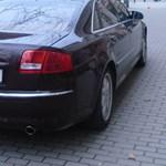 77 éves rokkant járdán parkoló Audi A8-asát karcolták körbe Budapesten