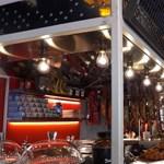 Fotók: Messi Barcelonában nyitott éttermet
