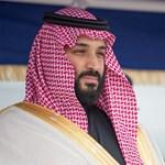 Letehetik az abaját a szaúdi nők, egy feltétellel