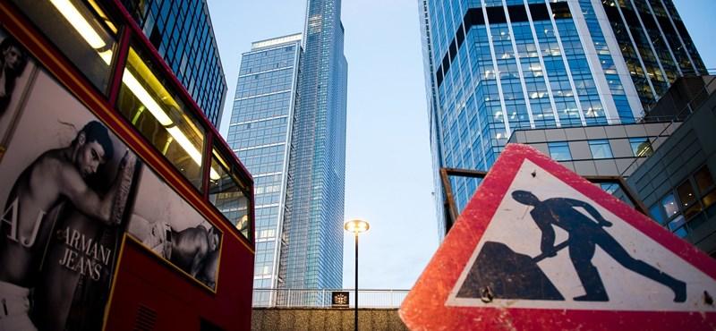 Londoni elemzők: nagyon magas az euróövezet szétesésének veszélye