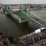 Ki fog előbb szembenézni 100 év magyar történelmével?