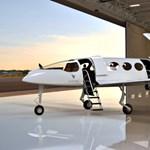 450 km/h-val repül, 965 km-t tesz meg: jövőre már árulják az elektromos utasszállító repülőgépet