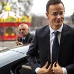 Osztrák családtámogatási megszorítások: Szijjártónak hirtelen fontos lett Brüsszel