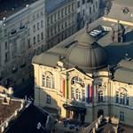 Szabálytalanságokat talált az ÁSZ a Vígszínház és a Bárka működésében