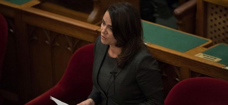 Novák Katalin még a rémes születési statisztikákból is kihozza a sikerpropagandát