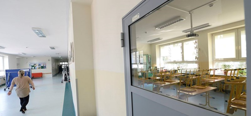 Újranyitottak az iskolák Vuhanban