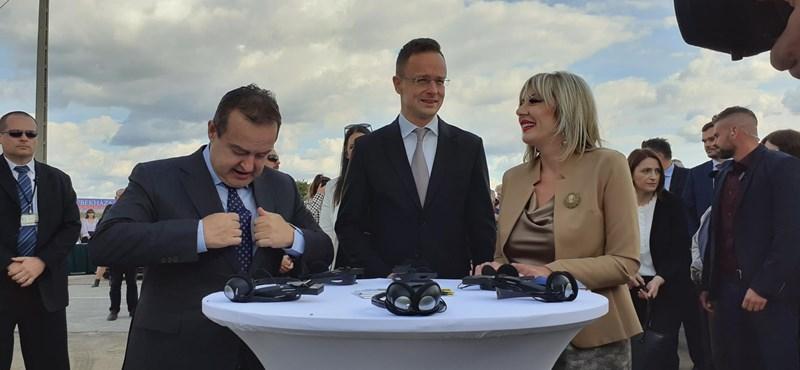 Szijjártó Péter keményen beszólt a finn EU-elnökségnek Kübekházán